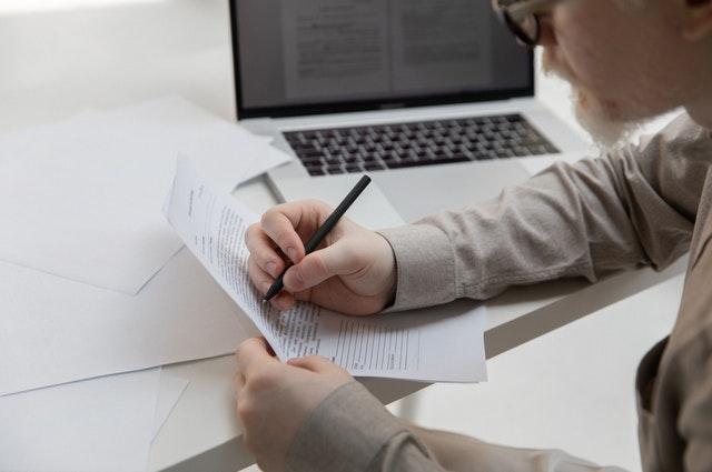 5 momente în care să îți actualizezi CV-ul