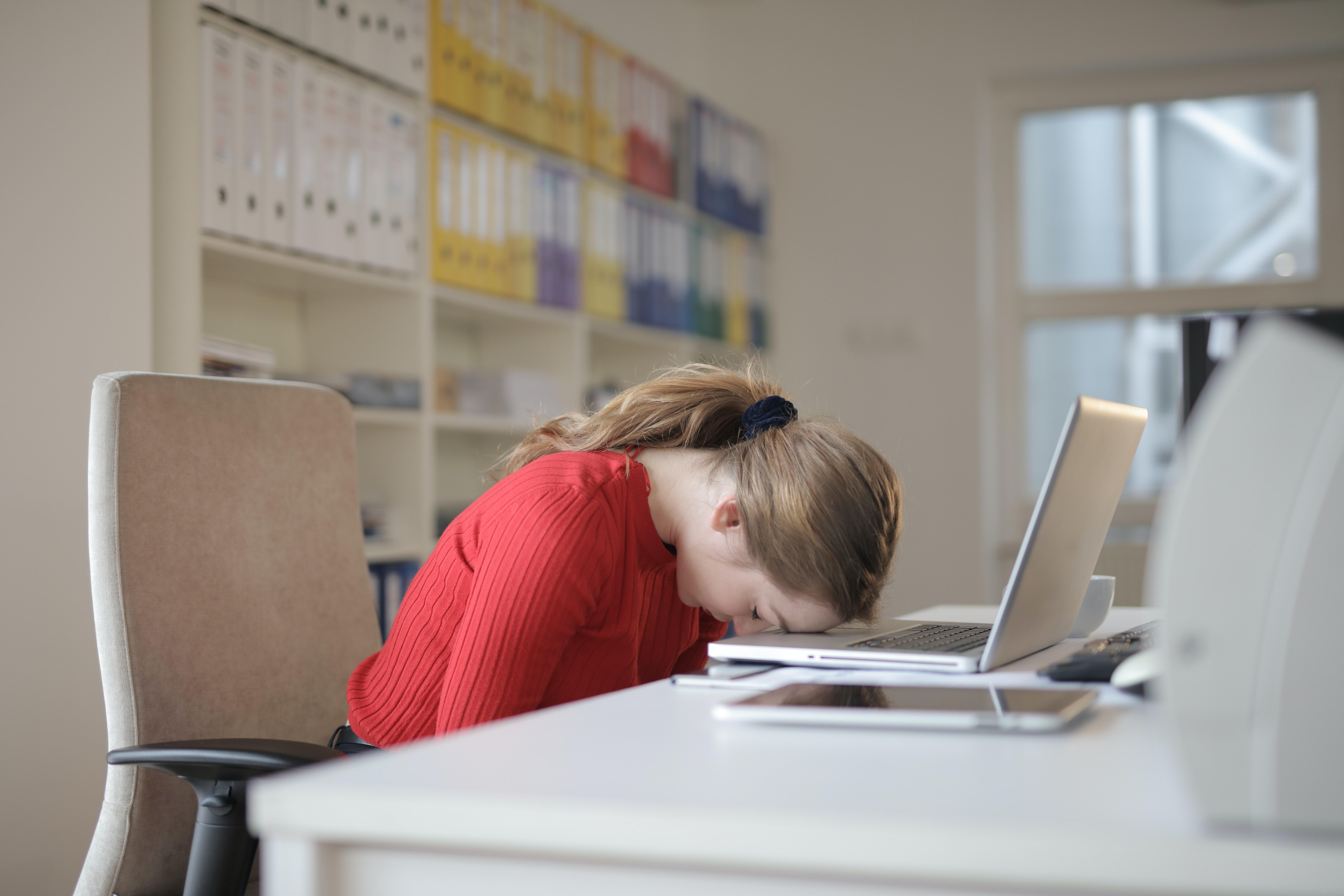 Cum să îți dai demisia de la un job abia început?